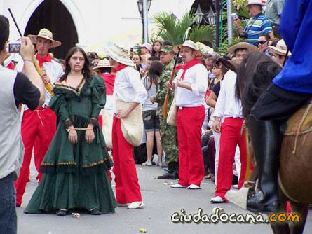 Fusilamiento de Agustina Ferro a manos de Los Colorados / Desfile de los Genitores / Foto autorizada: CiudadOcana.com