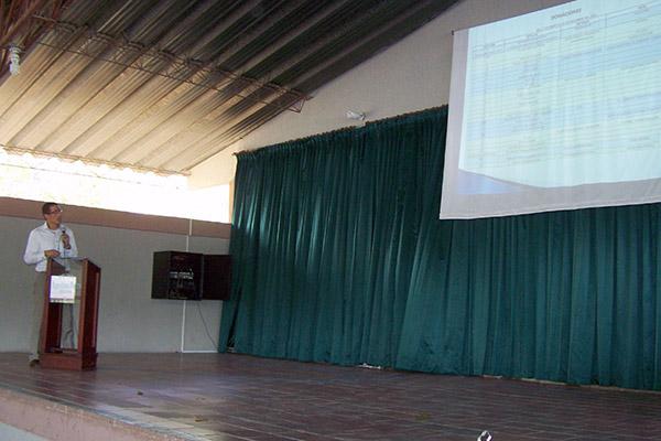 Rector Óscar Pallares durante rendición de cuentas